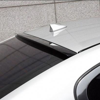 Спойлер на заднее стекло окрашенный на Infiniti G 25 седан
