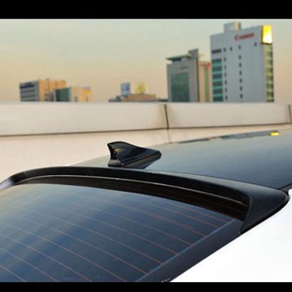 Задний спойлер на стекло на Kia Cerato 3