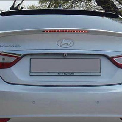 Лип-спойлер на багажник на Hyundai Sonata 6 (YF)
