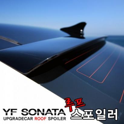 Спойлер на заднее стекло на Hyundai Sonata 6 (YF)