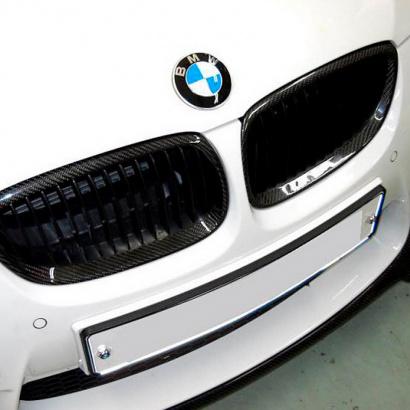 Ноздри решетки радиатора на BMW 3 E92