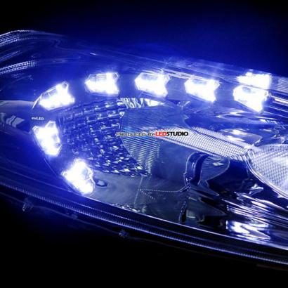 Светодиодные модули в переднюю оптику на Nissan Juke