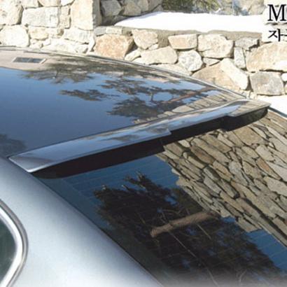 Спойлер на стекло на VW Passat B6