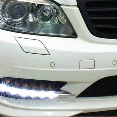 Дневная ходовая тюнинг-оптика на Mercedes C-Class W204