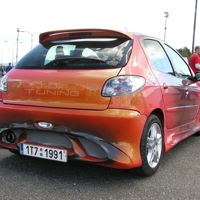 Задний бампер - Тюнинг на Peugeot 206 1