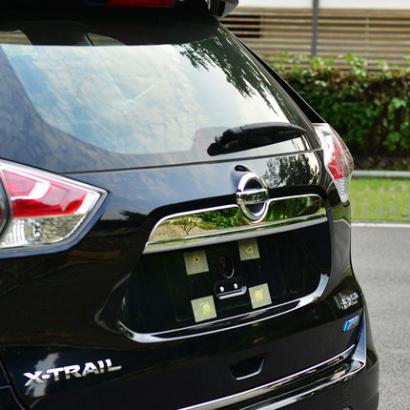 Накладка на крышку багажника на Nissan X-Trail T32