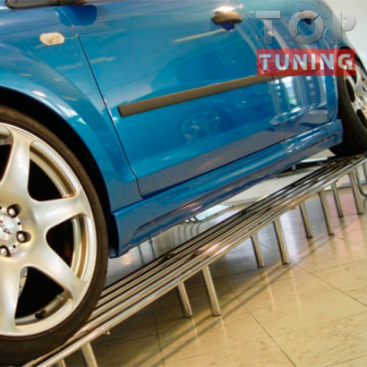 Тюнинг - Комплект боковых порогов на Ford Focus 2