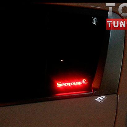 Тюнинг - Накладки с подсветкой на задние боковые стекла New Deal Motors на Kia Sportage 3 (III)