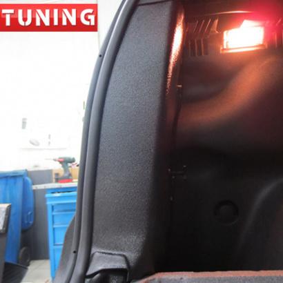 Внутренняя защита боковин багажника на Renault Duster 1