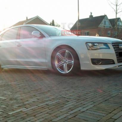Аэродинамический обвес на Audi A8