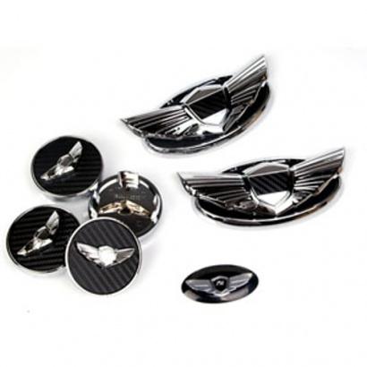 Комплект эмблем на Hyundai Genesis