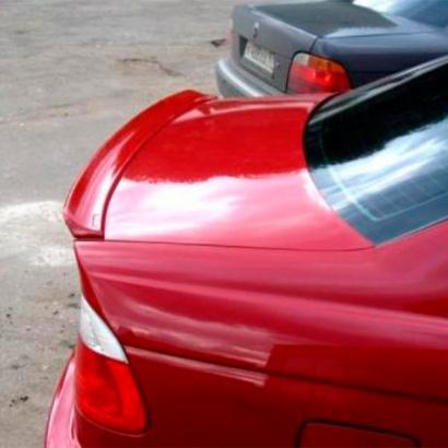 Лип спойлер на крышку багажника на BMW 3 E46