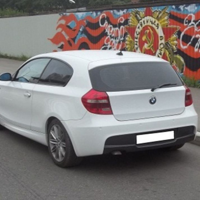 Задний бампер на BMW 1 E81