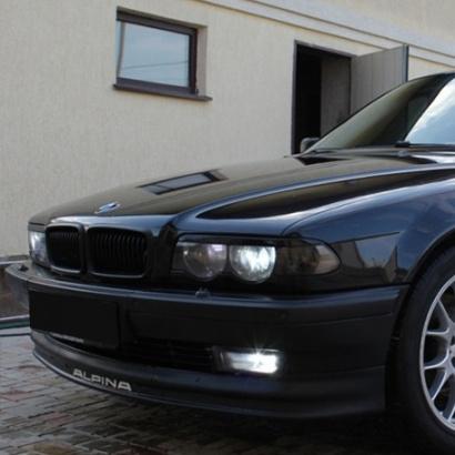 Накладки на переднюю оптику на BMW 7 E38