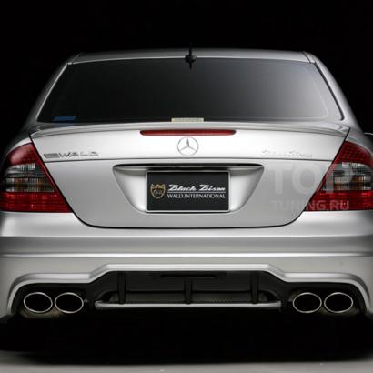 Задний бампер на Mercedes E-Class W211