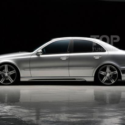 Накладки на пороги на Mercedes E-Class W211