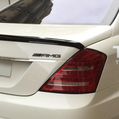 Спойлер на крышку багажника на Mercedes S-Class W221