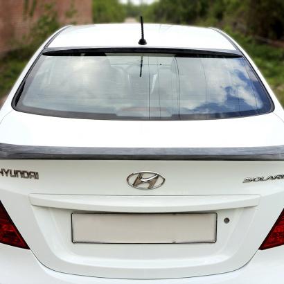 Козырек на заднее стекло на Hyundai Solaris