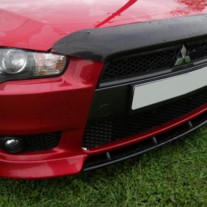 Вставка в передний бампер на Mitsubishi Lancer 10 (X)