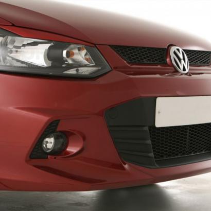 Накладки на переднюю оптику на VW Polo 5