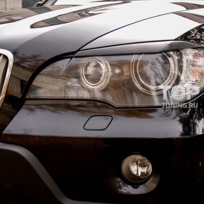 Накладки на переднюю оптику на BMW X5 E70