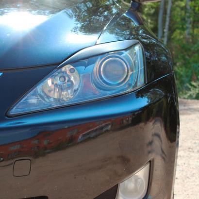 Реснички на Lexus IS 2