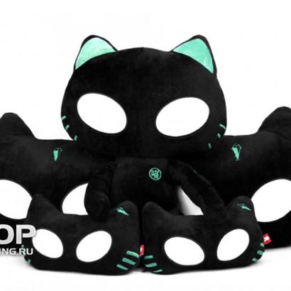 Коты подушки с светящимися глазами на Универсальные