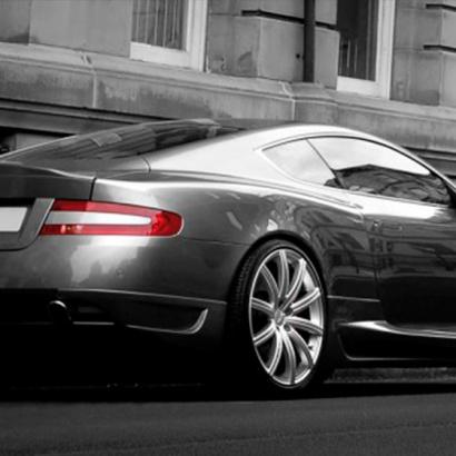 Комплект порогов на Aston Martin DB9 1