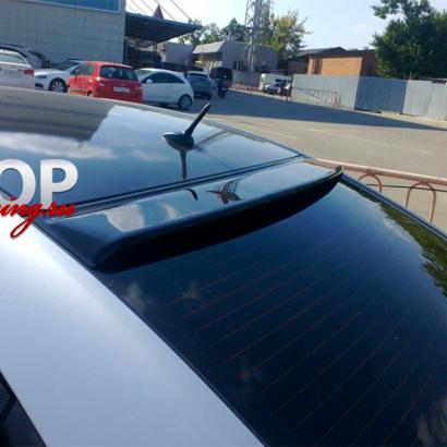 Спойлер на заднее стекло на Chevrolet Cruze 2