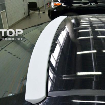 Спойлер на заднее стекло на Toyota Corolla E160