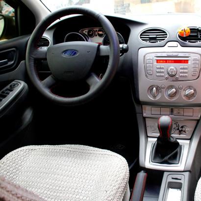 Кожаные оплетки руля, кпп, ручника на Ford Focus 2
