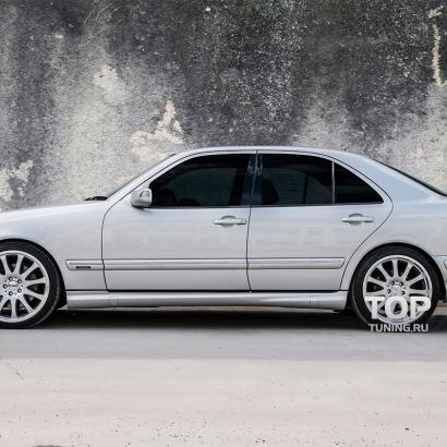 Пороги AMG E55 на Mercedes E-Class W210