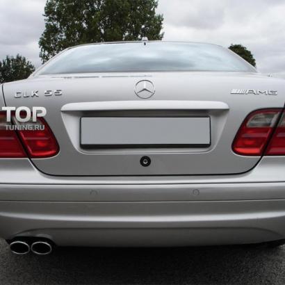 Задний бампер на Mercedes CLK-Class W208