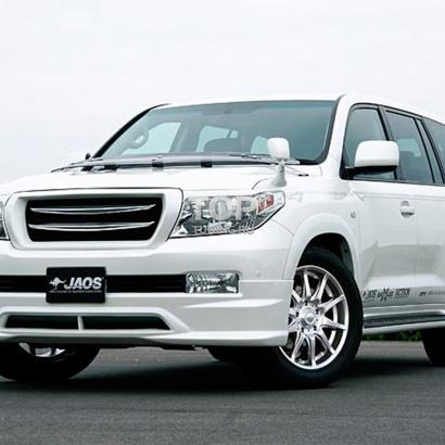 Аэродинамический обвес на Toyota Land Cruiser 200