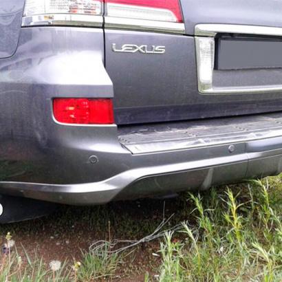 Юбка заднего бампера на Lexus LX570 UJR 200