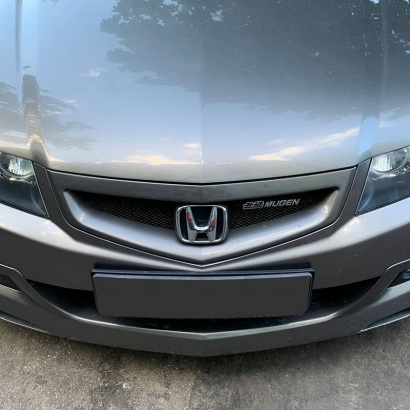 Решетка радиатора Mugen Рестайлинг на Honda Accord 7