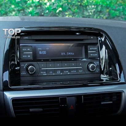 Рамка монитора центральной консоли на Mazda CX-5 1 поколение