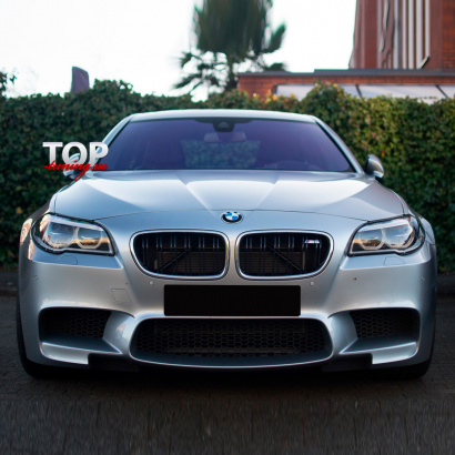 Передний бампер на BMW 5 F10