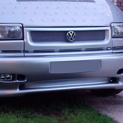 Облицовка радиатора на VW Transporter T4