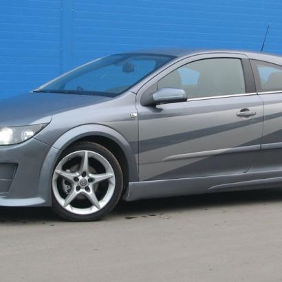 Пороги - Обвес на Opel Astra H GTC
