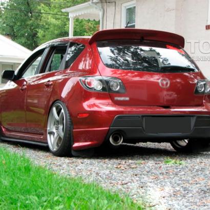 Спойлер на крышку багажника на Mazda 3 BK