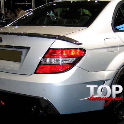 Спойлер на крышку багажника на Mercedes C-Class W204