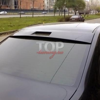 Козырек на заднее стекло на Ford Focus 2