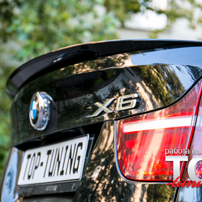 Лип-спойлер с вырезом на BMW X6 E71