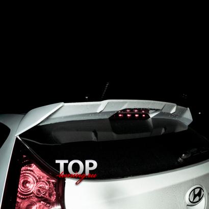 Спойлер на крышку багажника на Hyundai Solaris