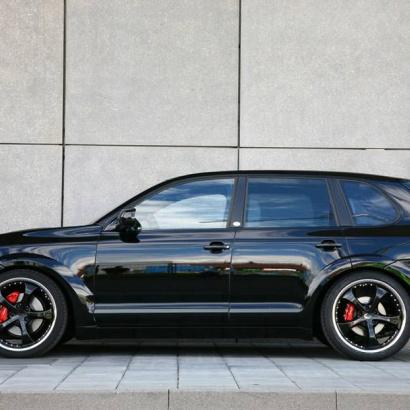 Накладки на пороги - Обвес на Porsche Cayenne 957