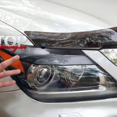 Реснички на Lexus LX570 UJR 200