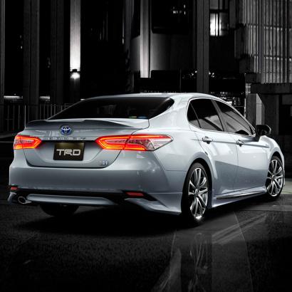 Оригинальный обвес TRD Lite для Toyota Camry XV70