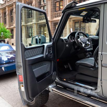 Установка безштыревых доводчиков дверей для Mercedes-Benz G-Класс W463