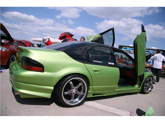 Ламбо двери на Dodge Stratus 2001?2005
